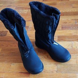 Totes black waterproof boots